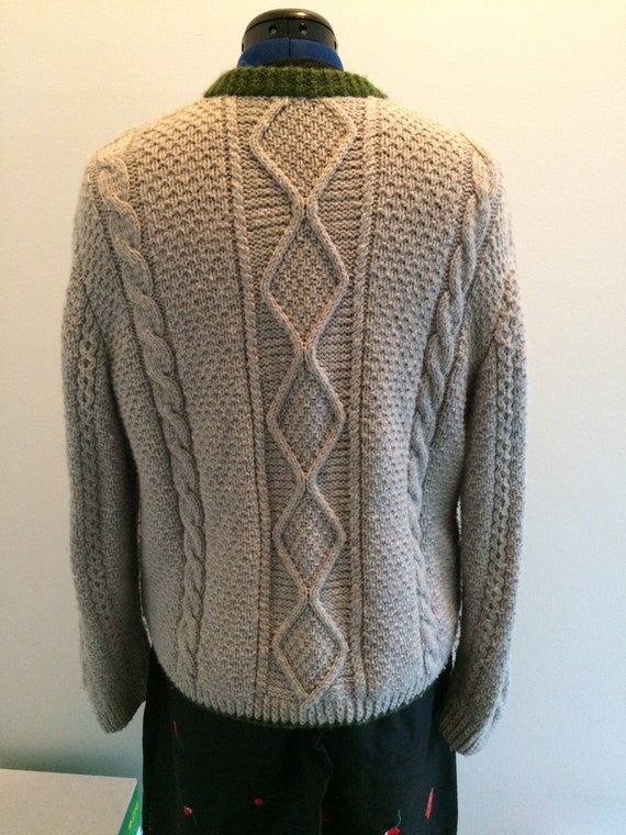 Trachten style Hand-knit Sweater - image 4