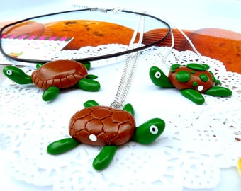 My turtle green and Brown reptile necklace