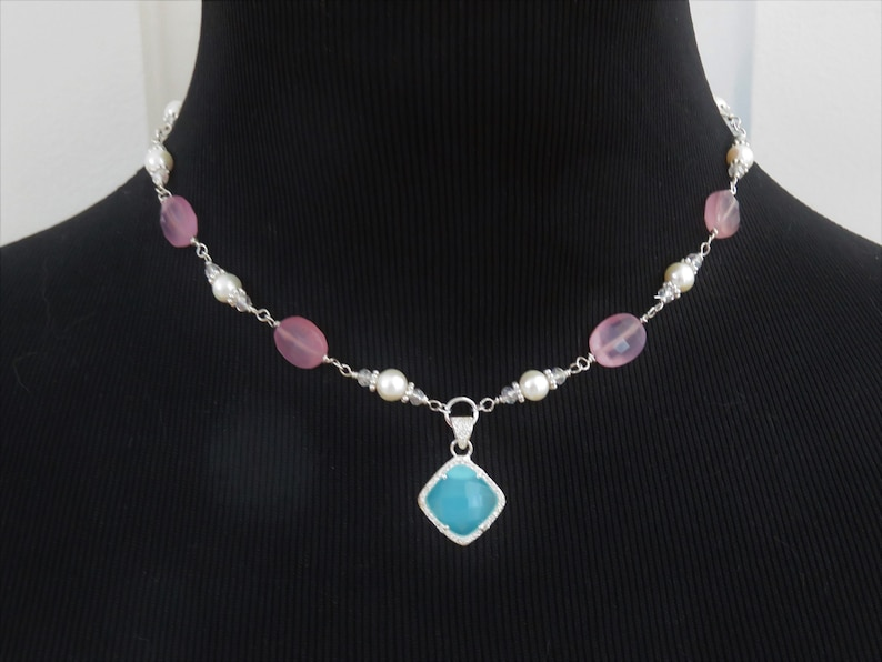 N554 Sterling Silver Chalcedony /& Freshwater Pearl Pendant Necklace; Wire Wrapped Bead Links; Translucent Faceted Blue Purple; Adjustable