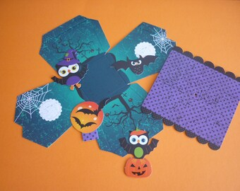 Paper Halloween hanging and accessorizes House Kit.