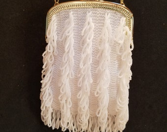 """The """"Charleston"""" bead knit purse, in white with gold purse frame and chain, lined"""