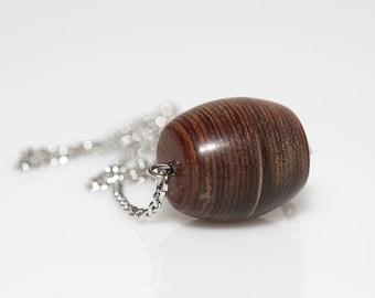 Horizontal Barrel Necklace