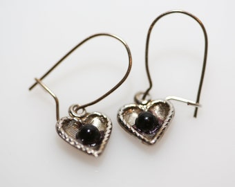 Black Dot Etched Heart Earrings - Vintage