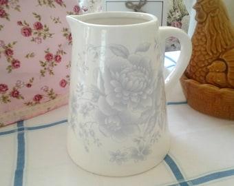 Vintage Cream and Grey Floral 2 Pint Jug