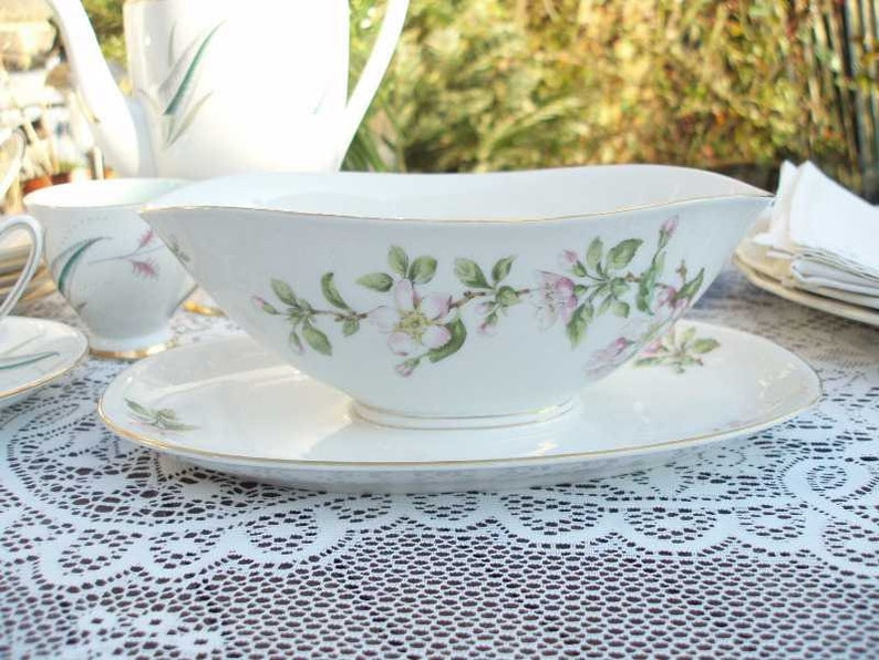 Vintage Krautheim Selb Bavaria Sauceboat with attached image 0