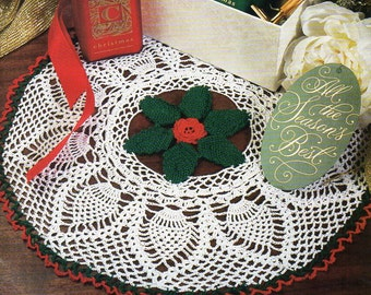 crochet Christmas doily holly & rose crochet pattern pdf Xmas doilies pineapple thread 3ply crochet cotton 14 inch diameter Instant download