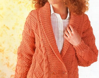 8-Ply Double Knit Jumpers PATONS Knitting No Jerseys 624 HERDWICK 12 Classic Family Knits Pullover Zipper Jacket and Vest
