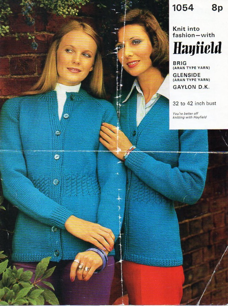 b145f9378a18 Vintage womens cardigan knitting pattern pdf DK or aran ladies