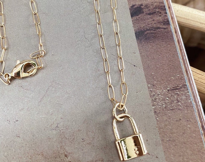18k gold lock necklace