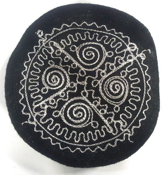 Embroidered Black Pakol Pakul Afghan Donut Hat Beret Chitrali  f2e0121ae6d