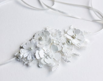 Lace and flowers bridal headpiece, delicate fabric flower headband for boho wedding, or a modern bride looking for unique hair accessories
