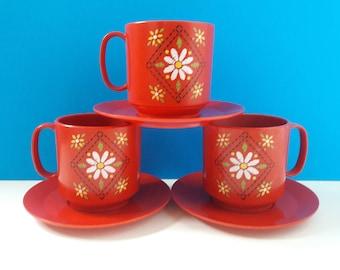 Hard Plastic Mid century 8 mcx Set of 4 MELMAC dark pink Pink Teacup and saucer tea cup 310 GPL Canada Melamine Vintage