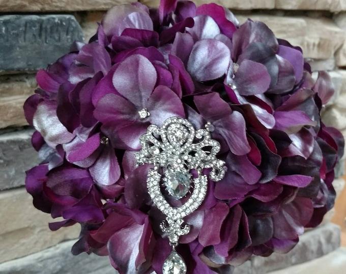 Elegant Purple and Silver Bouquet