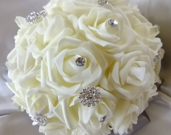 Ivory Rose Bouquets for Bridesmaids, Confirmation, Quinceanera