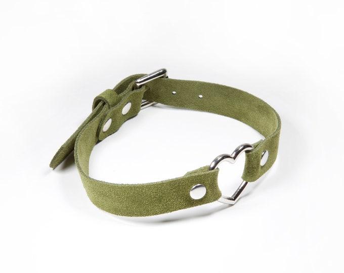 Suede Heart Collar - Green