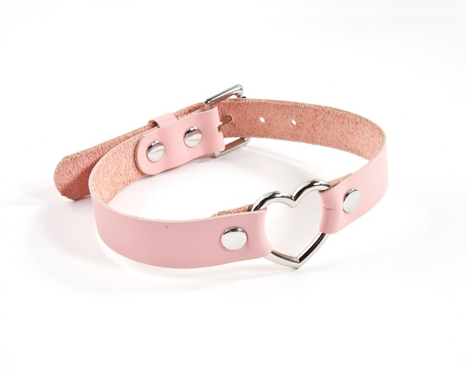 Leather Heart Collar - Baby Pink