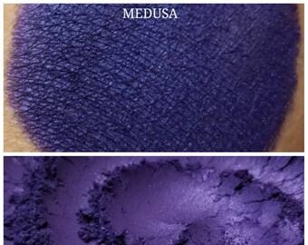 Medusa - Purple Eyeshadow Pigment - ili