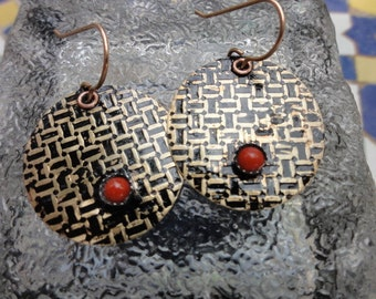 Earrings with Coral bead