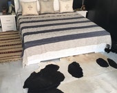 100 Coton throw with frange hand loomed by our weavers , size 110x90 39 39 inches