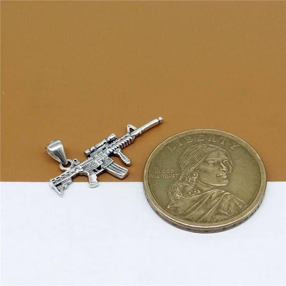 rifle de francotirador encantos Tono Plata 2 lados Rifle Pistola Encantos Colgante 45x11mm 15 un