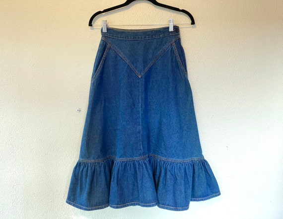 1970s Blue denim A-line ruffled skirt