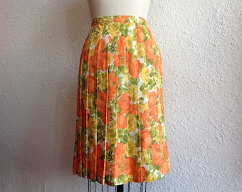 SALE 1960s Nylon floral print pleated skirt