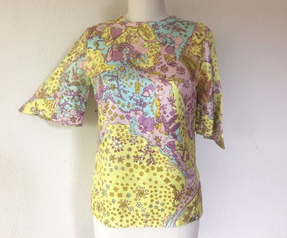 SALE 1960s Psychedelic print blouse - image 1