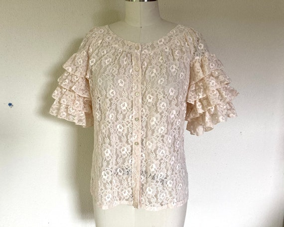 1960s Cream lace blouse with ruffled sleeves