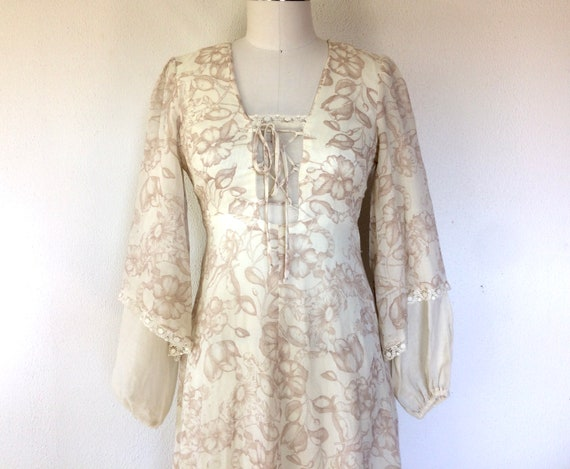 1970s Arjon floral prairie dress