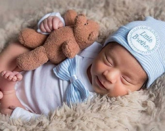Newborn boy coming home outfit, newborn boy outfit, take me home outfit for boys, it's a boy hat, hospital outfit for newborn boy