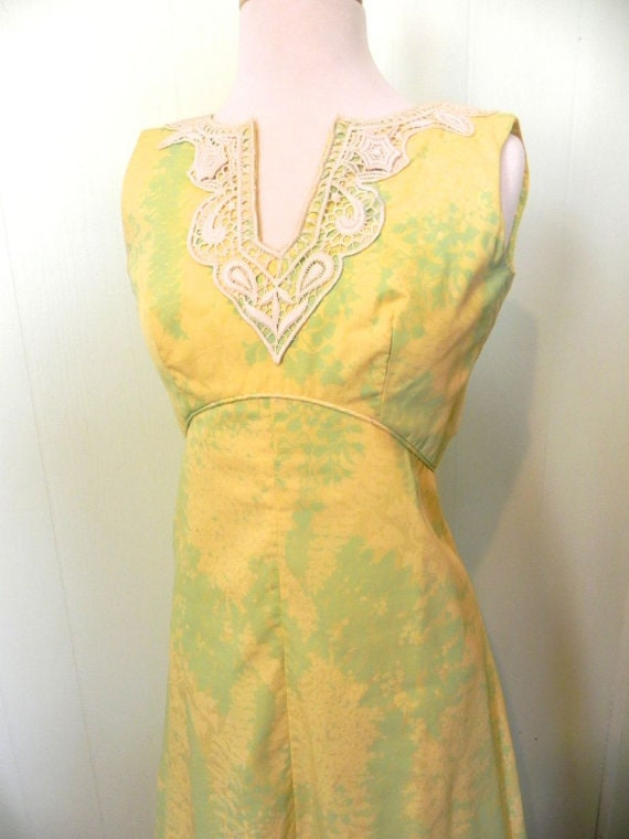 Vintage Dress Tropical 60s Yellow Maxi Dress with
