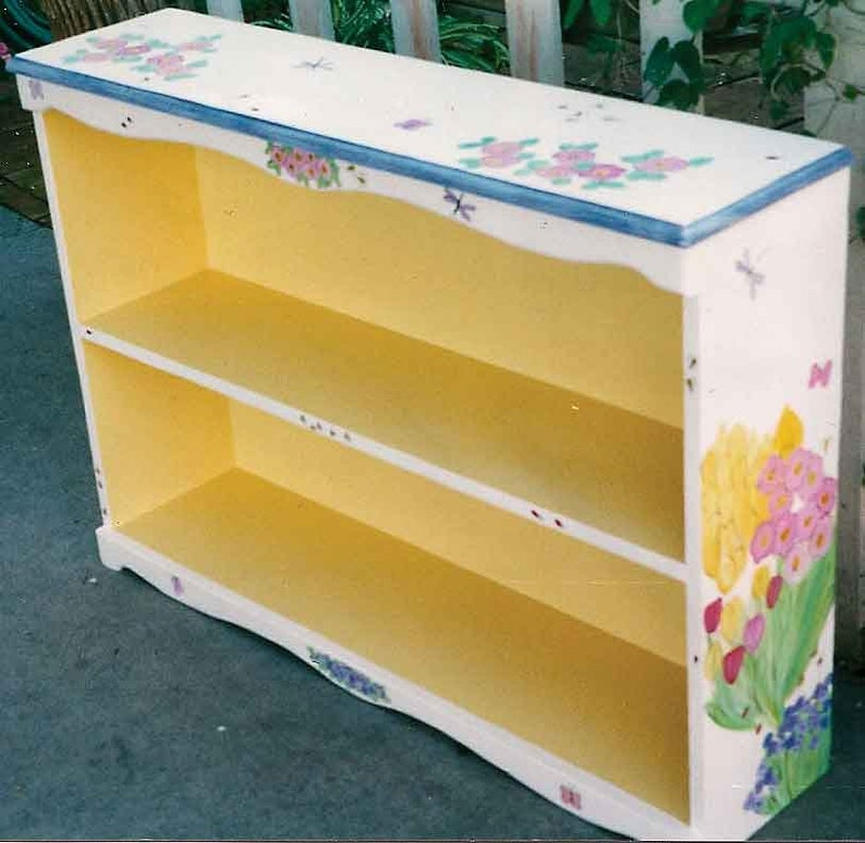 Merveilleux Bookcase Hand Painted Bookcase, Custom Painted Furniture, Flower Bookcase,  Wood Bookcase, Book Shelves