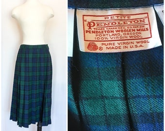 1c90d5facbc8 Vintage Pendleton Skirt   Green   Blue Royal Stewart Tartan Plaid Pleated  Skirt   1980s High Waisted Medi Box Pleated Skirt Sz 12