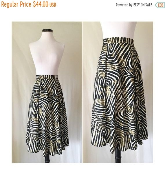 50% OFF 80s 90s Black & White Psychedelic Striped