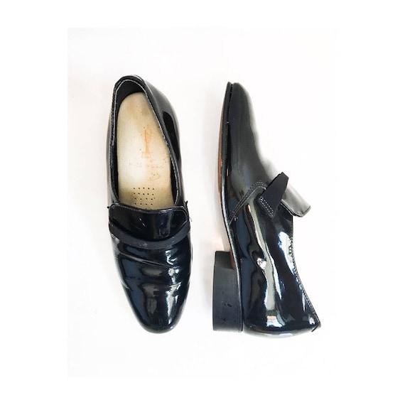 Mens Vintage Tuxedo Shoes // 60s 70s Mens Mod Plat