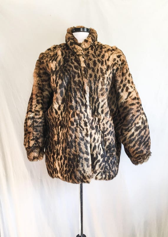 SALE VTG Leopard Print Coat / Rabbit Fur Jacket /… - image 6