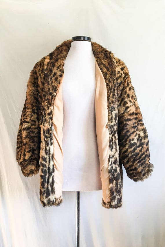 SALE VTG Leopard Print Coat / Rabbit Fur Jacket /… - image 3
