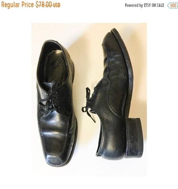 1950s Mens Hats | 50s Vintage Men's Hats 75 Off Mens Vintage Mid Century 50S 60S Florsheim Classic Black Dress Shoes  1950S 1960S Leather Oxfords Sz 9 Womans $0.00 AT vintagedancer.com