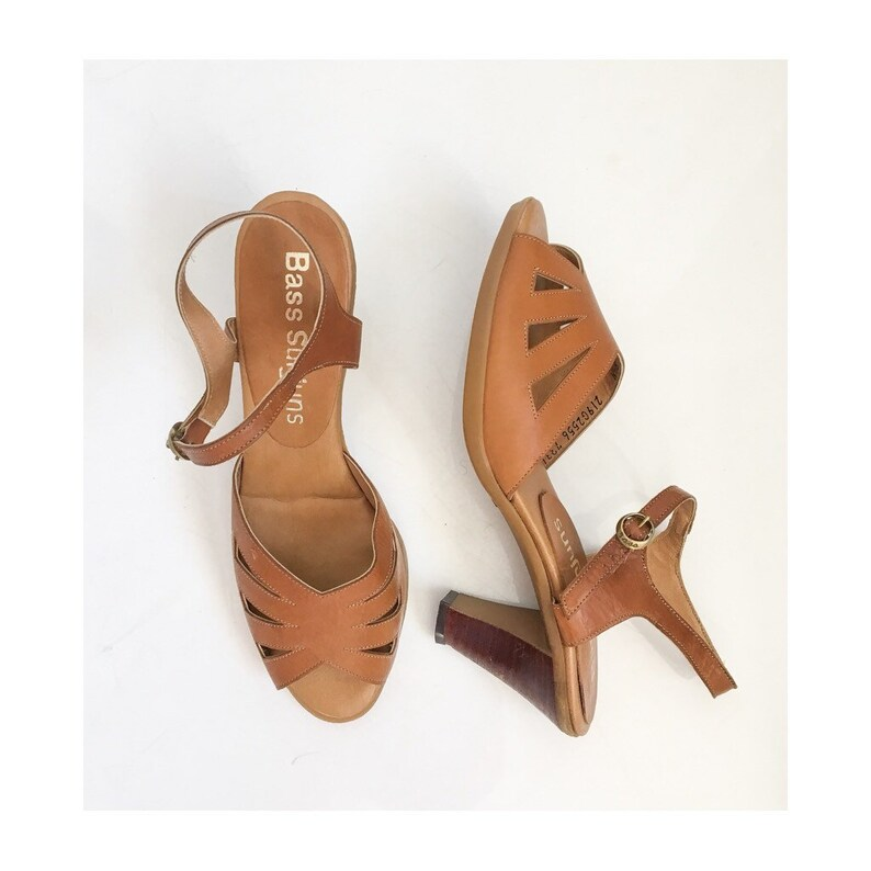 c504d9951da8 Vintage Never Worn Shoes   Bass Sunjuns Wood   Leather