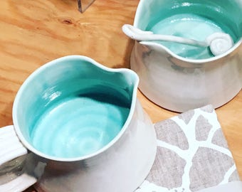 Ceramic porcelain Milk and sugar cups with spoon