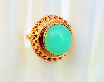 NATURAL CHRYSOPRASE 14K Yellow Gold Vintage Ring Mint Green