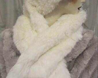 châle étole d hiver blanc loup, chauffe-épaules fausse-fourrure lux, col  étole fête soirée cocktail cérémonie amour mariage, spectacle neige f5b1a28f3e3