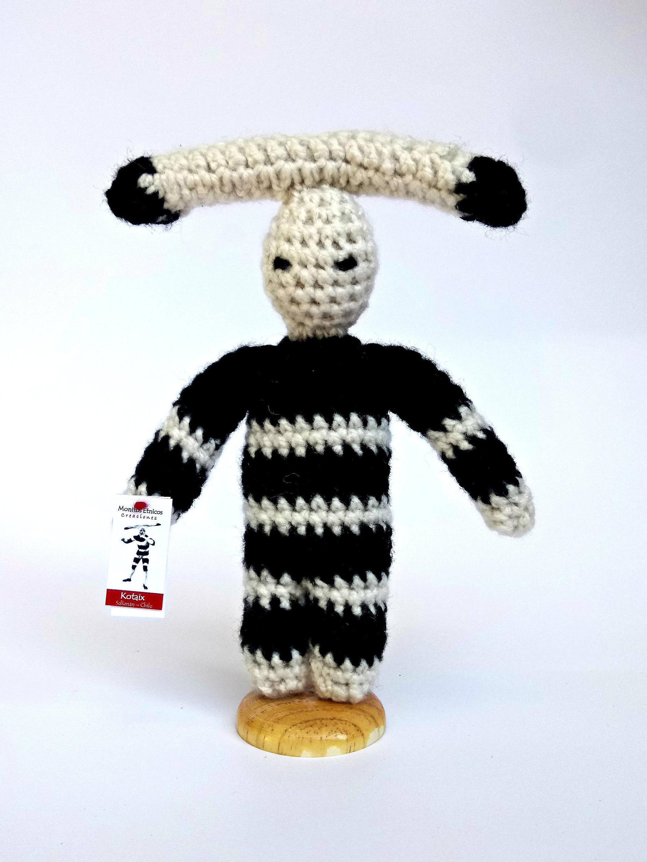 Kotaix Tejido... Personaje del Hain del pueblo Selknam   Onas  6a9af8942b0