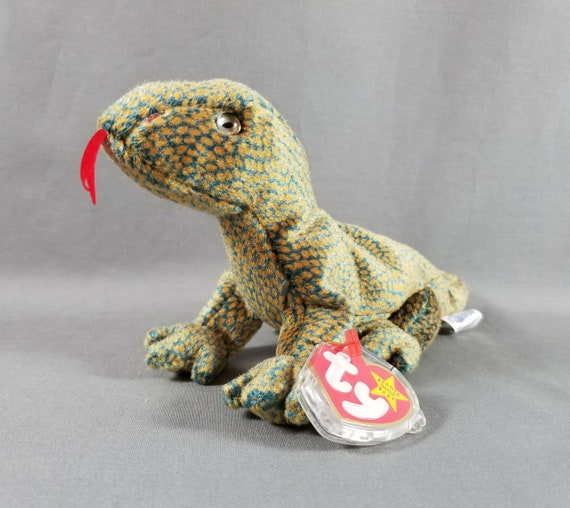 3eb681f4470 Ty Beanie Babies Scaly the Lizard Tagged Plush Animal Toys