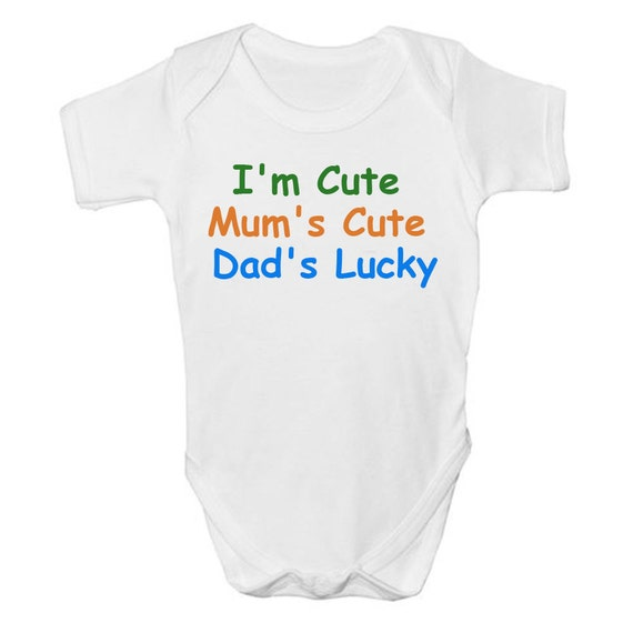 Personalised Baby Vest I/'m Cute Mummy/'s Beautiful Daddy/'s Lucky Funny Baby Vest