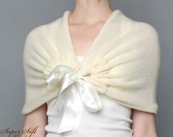 Wedding shawl Bridal shawl ivory Bridal bolero Alpaca Silk Bridal Cape Knit Wedding Capelet Bridal  Wrap Bridesmaid Shawl Ivory Bridal Cape