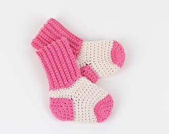 CROCHET PATTERN - Crochet Baby Socks - Baby Booties - Two Tone Socks - PDF