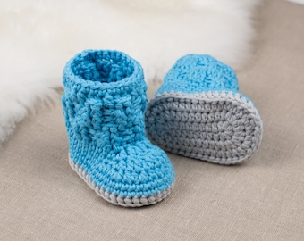 CROCHET PATTERN - Crochet Baby Booties Blue Snowman - Baby Slippers - Baby Shoes - PDF