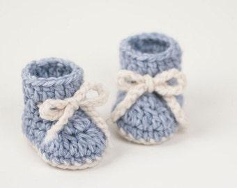 2763f8e50c5a2 CROCHET PATTERN PDF- Crochet Baby Booties Winter Snowflake