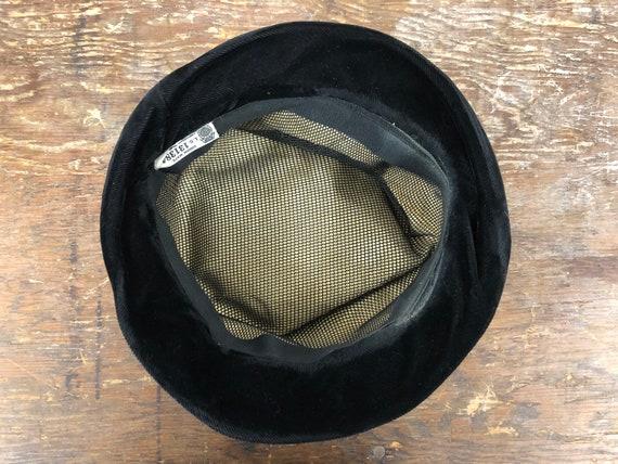 1960's Rabbit Fur and Velvet Hat - image 9